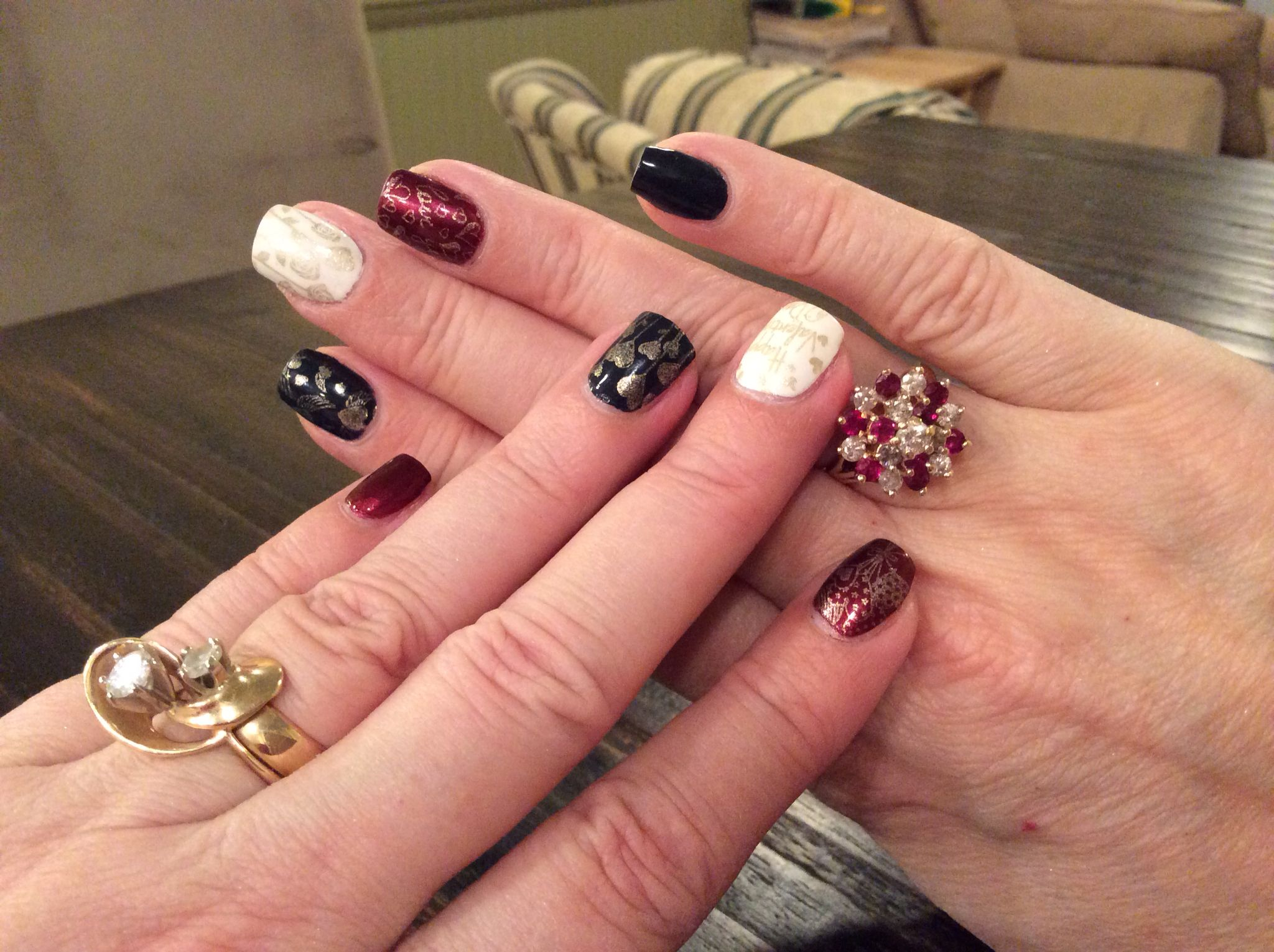 This is the 2nd set of Valentines Day Nails I\'ve done this year. I ...