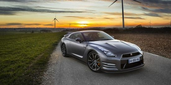 Nissan GTR Gentleman Edition For The Classiest Of Men Luxury - Classiest sports cars