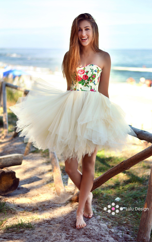 Wakacje Radosc Urlop I Lulu Design Gorsetowa Goralska Sukienka Z Bardzo Zwiewnym I Puszystym Tiulowym Dolem Lul Flower Girl Dresses Girls Dresses Dresses
