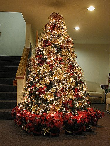 decorated christmas trees elegant christmas tree decorating ideas