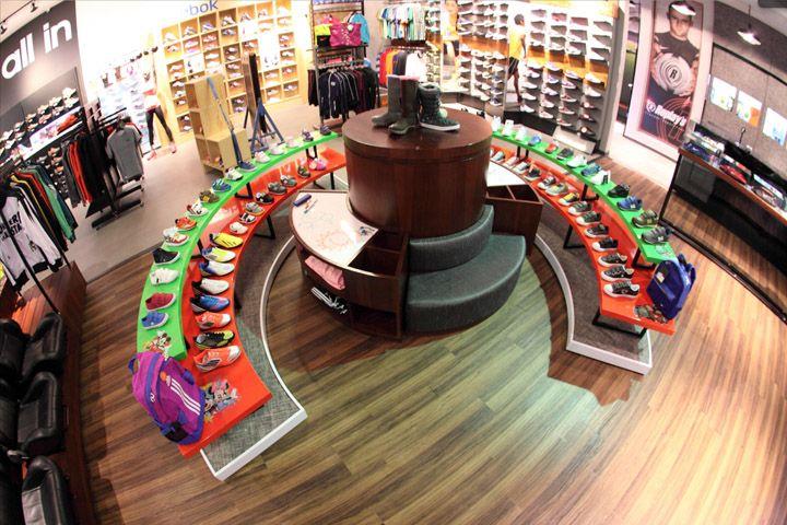 Footware Store | Retail Design | Store Interiors | Shop Design | Visual Merchandising | Retail Store Interior Design | Replay's store by David Torres, Bogotá   Colombia