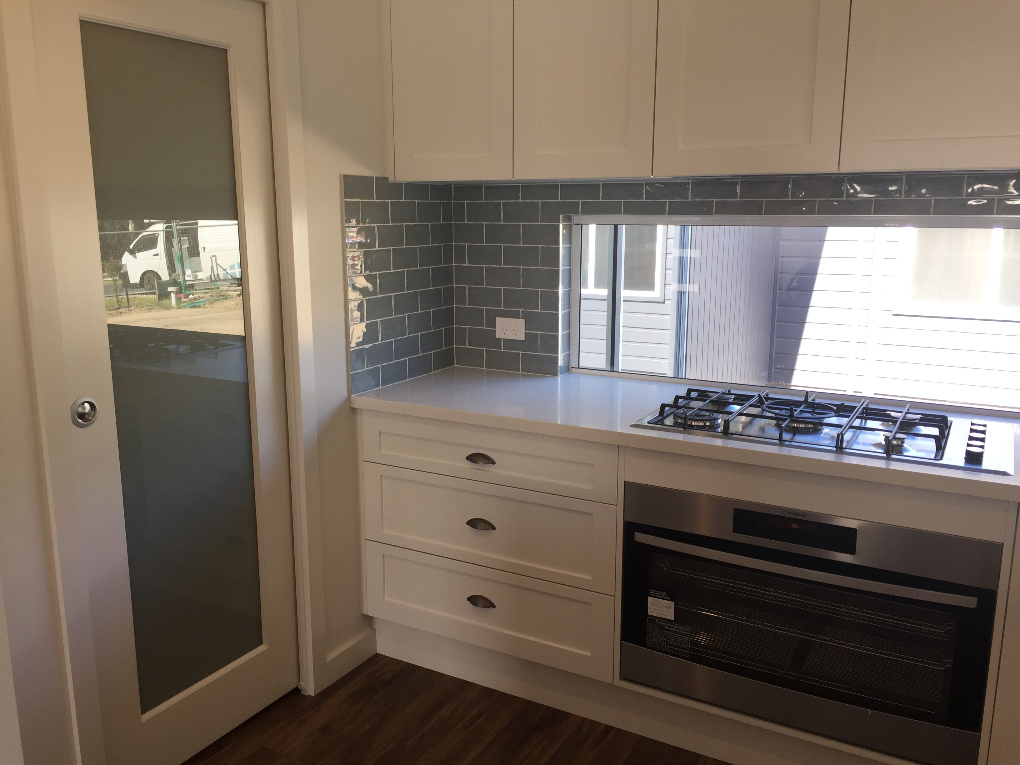 Built In Gas Cooktop And Built In Electric Oven Smeg Upgrade Shaker Style Kitchen Upgrade Builtin Oven Shaker Style Kitchens Kitchen Oven