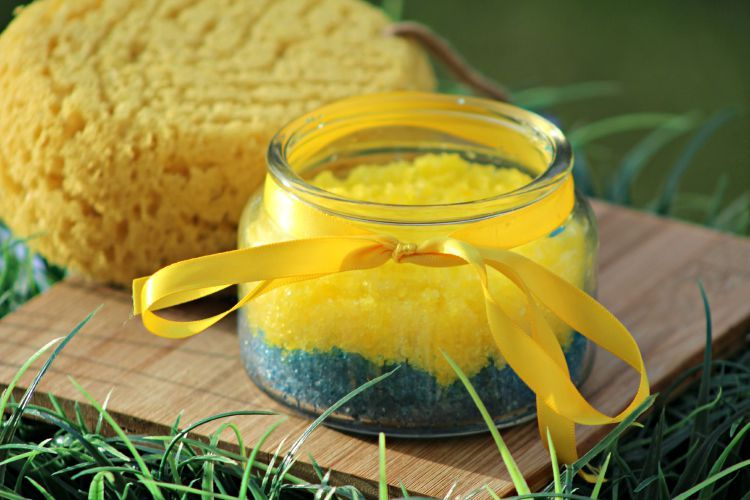 After seeing Minions with the kids, you'll need to pamper yourself. This Minions Lemon Salt Scrub is invigorating, exfoliating and nourishing for your skin.