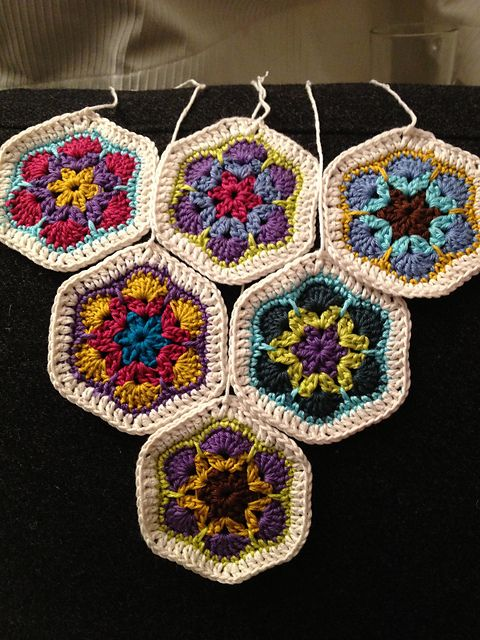 Ravelry Project Gallery For African Flower Hexagon Pattern By