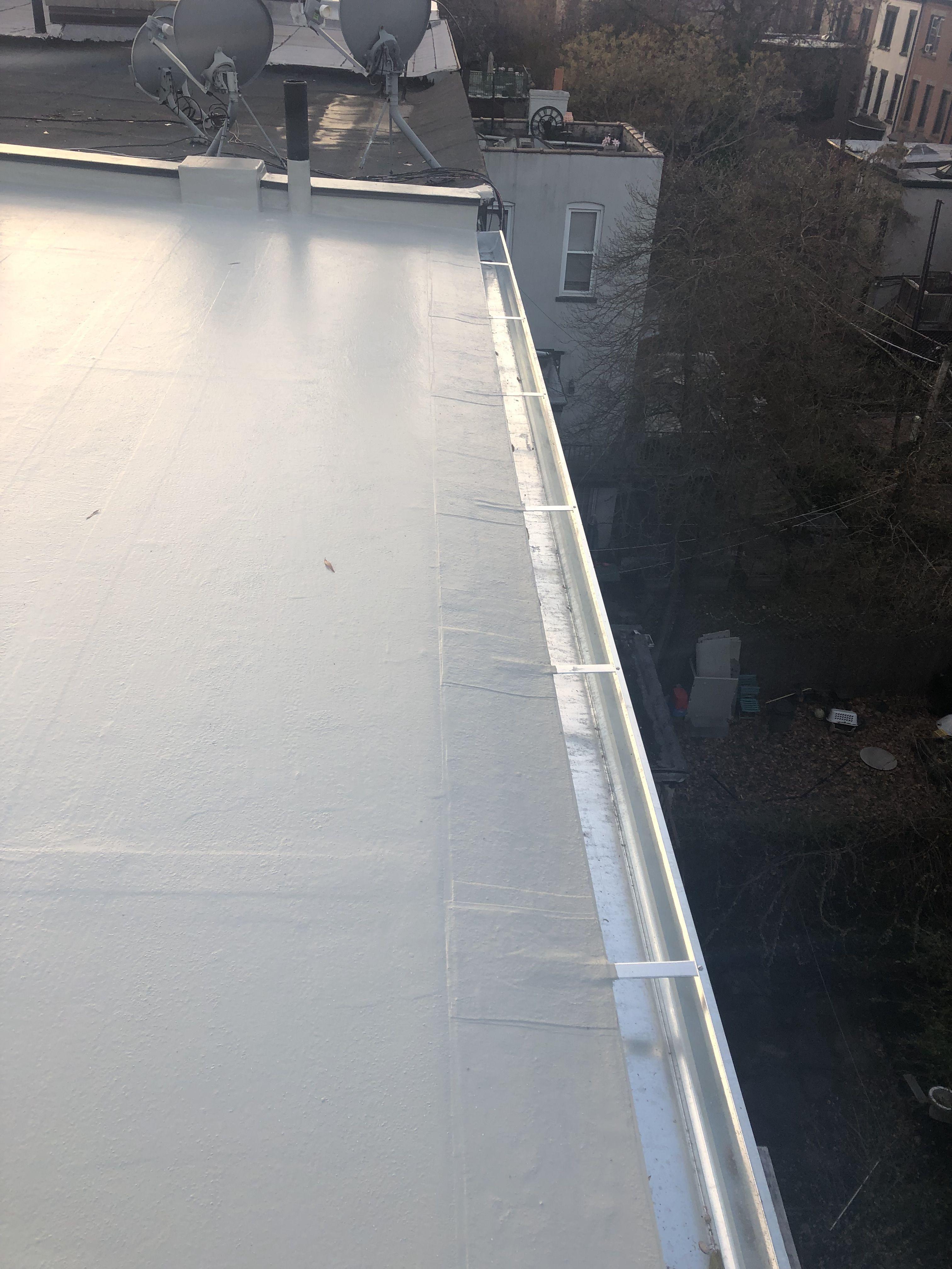 Galvanized Gutter Installation Flat Roof How To Install Gutters Galvanized Gutters