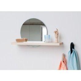Unsichtbare Regalbefestigung handgefertigtes wandregal aus europäischem echtholz.der spiegel ist