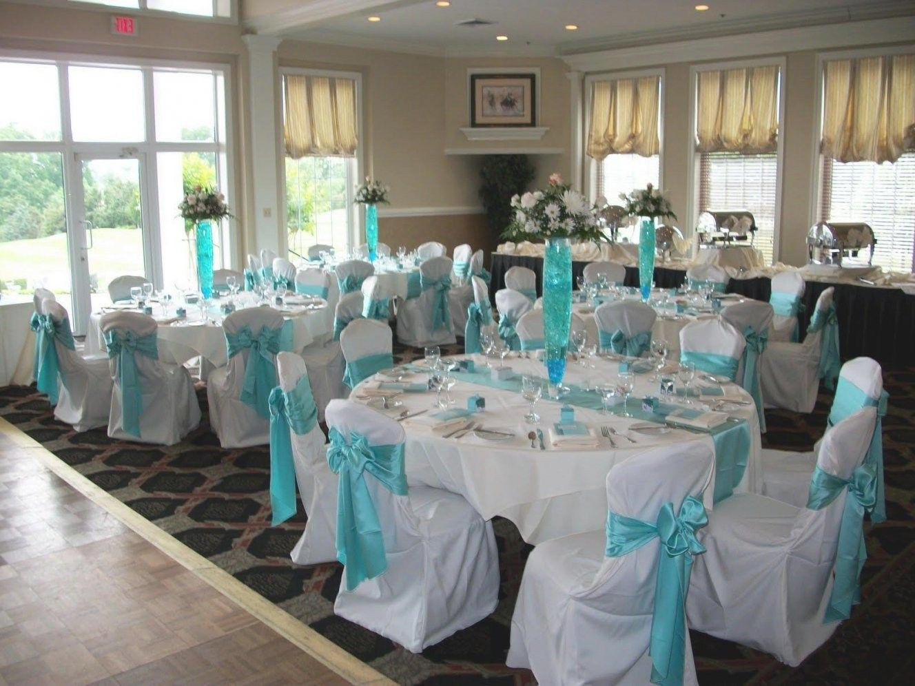 White And Silver Wedding Theme: 33 Stunning Baby Blue And White Wedding Decorations