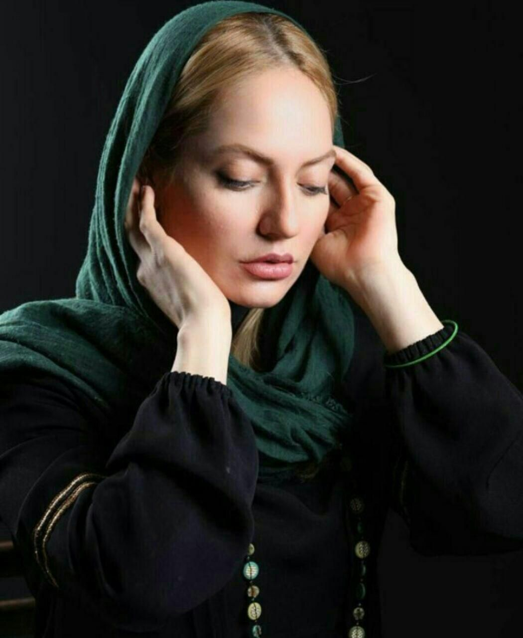 Mahnaz Afshar Nude Photos 68