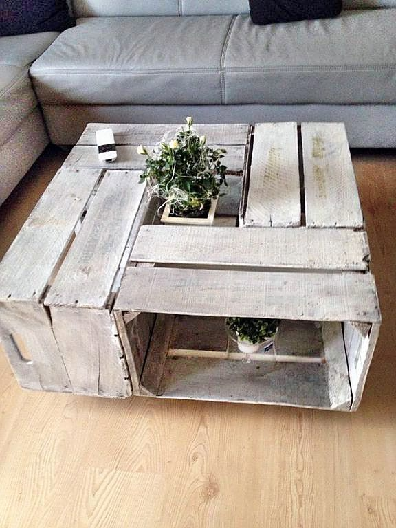 Weinkisten tisch living room pinterest m bel wohnzimmer und tisch - Wohnzimmertisch aus weinkisten ...