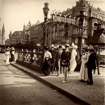 Popular Berlin Charlottenburg Hardenbergplatz Entrance to U Bahnhof Zoologischer Garten underground station