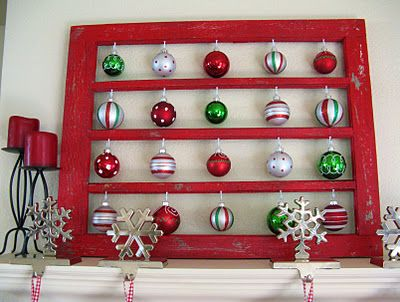 Love this Christmas ornament window.  Will try to do this for next year.