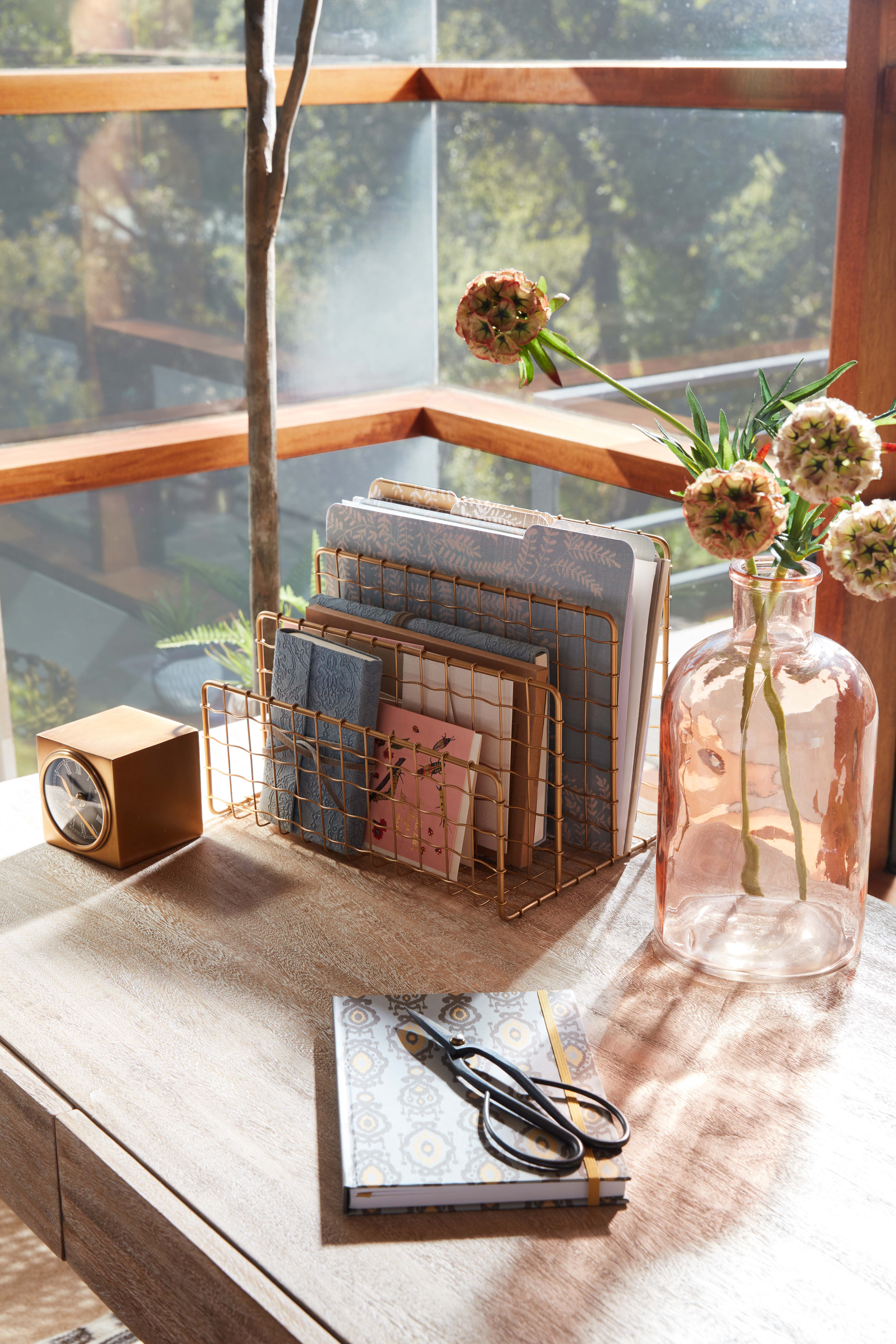 Home Office Desk Accessories In 2020 Home Office Accessories Office Furniture Decor Desk Accessories Office