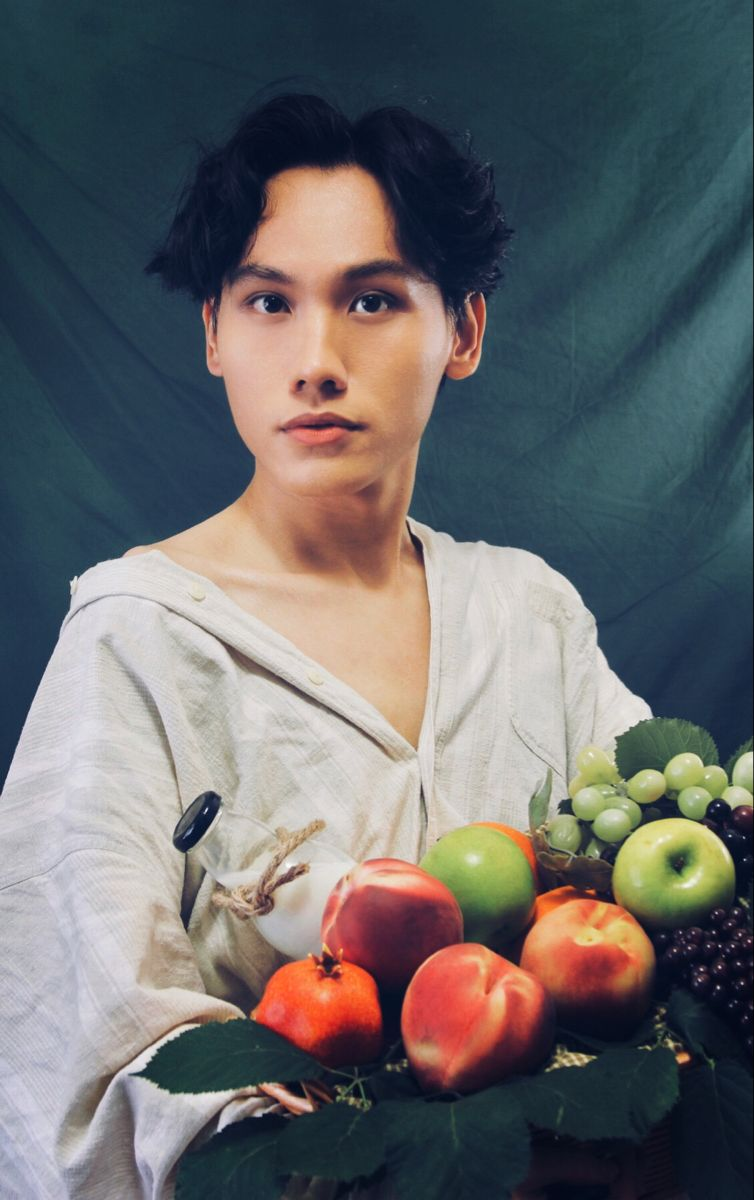 #farmstyle #fruit #fruitbasket #malemodelling #model