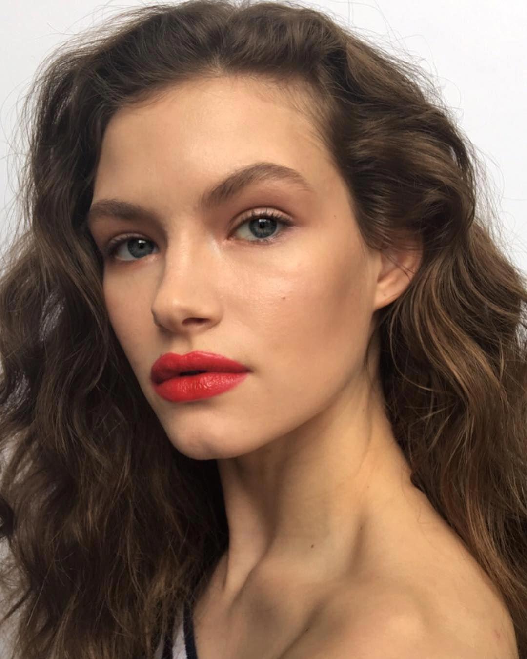 Stunning step by step makeup ideas stepbystepmakeupideas