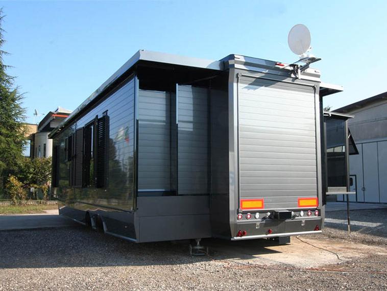 aussen 3 erker vw schaustellerwagen wohnwagen und wohnauflieger von bpark italien tiny. Black Bedroom Furniture Sets. Home Design Ideas