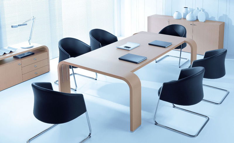 Encouraging collaboration, Tess meeting tables provide elegant settings for creative thinking and decision making.  http://maxfurniture.co.uk/meeting_tess
