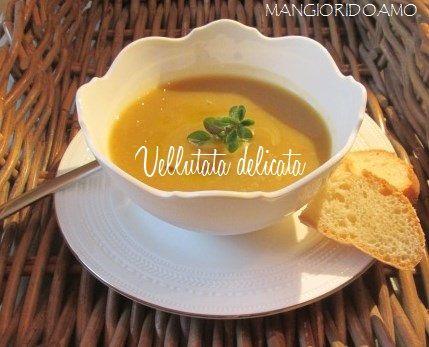 La ricetta di oggi è una Vellutata delicata,un passato di verdure leggero, ideale per rimettersi in forma dopo una serie di cene e pranzi abbondanti.