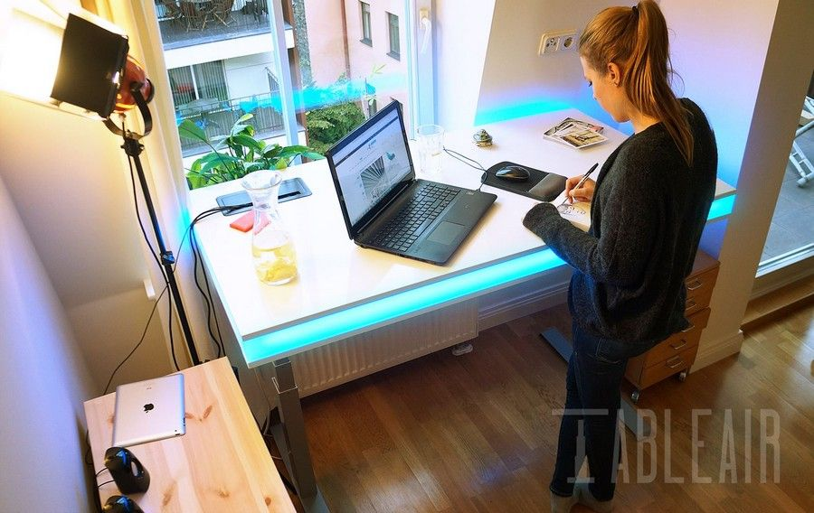 TableAir Is A New Smart Work Desk Which Lets You Change Your Posture  Throughout The Day.