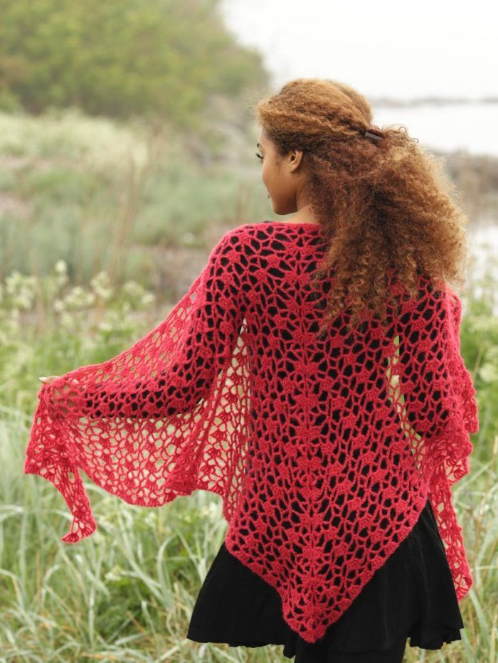 Virka sjal med vackert hålmönster  53f4e49ebc914