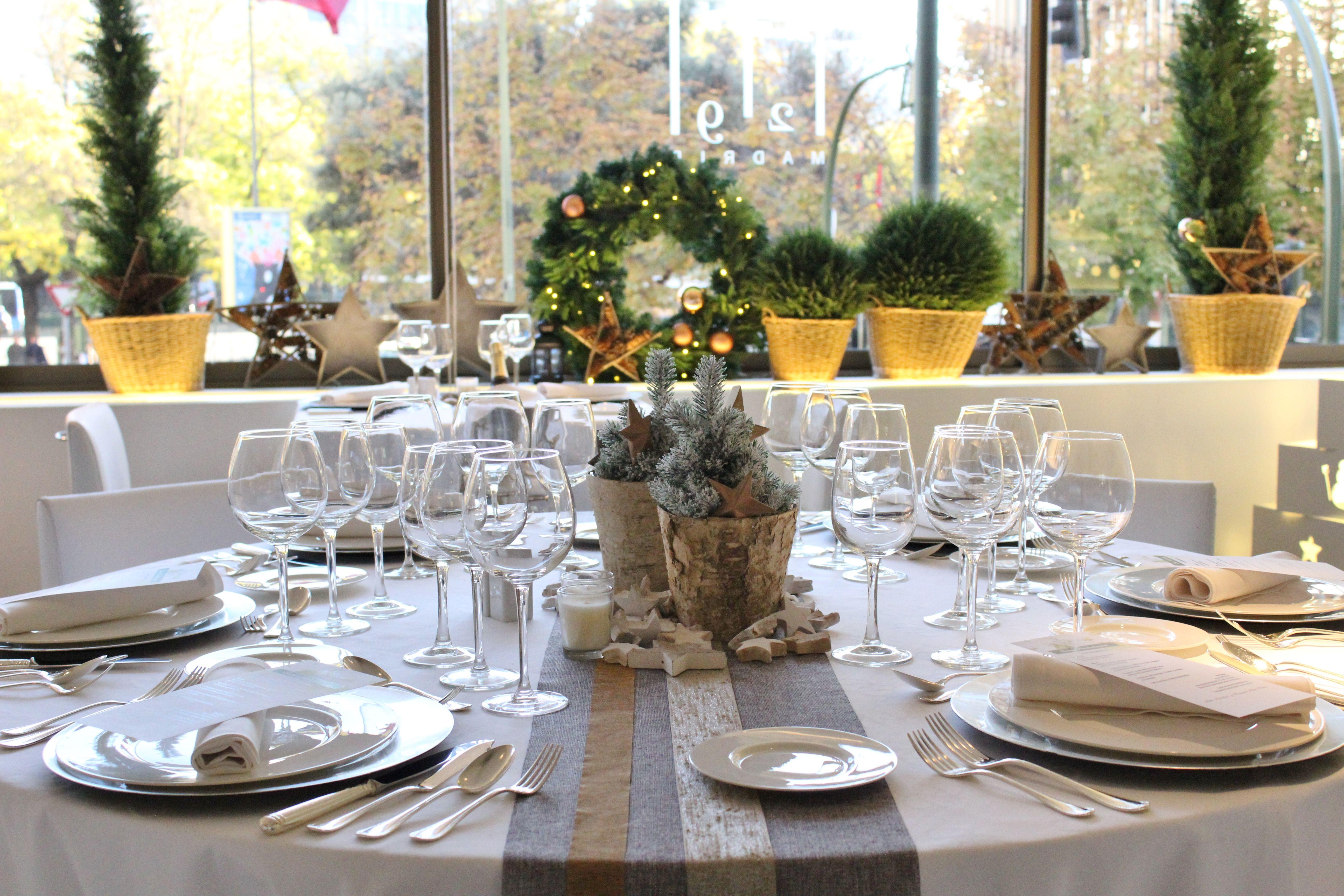 Decoración Nochebuena en RestauranteM29, en Hotel Miguel Angel. #decoración #navidad #hoteles #Madrid #restaurantes #mesas #protocolo