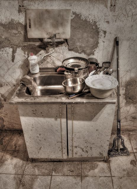 Kitchen Sink Realism Kitchen sink realism or kitchen sink drama is a term coined to kitchen sink realism or kitchen sink drama is a term coined to describe a british cultural movement that developed in the late 1950s and early 1960s in workwithnaturefo