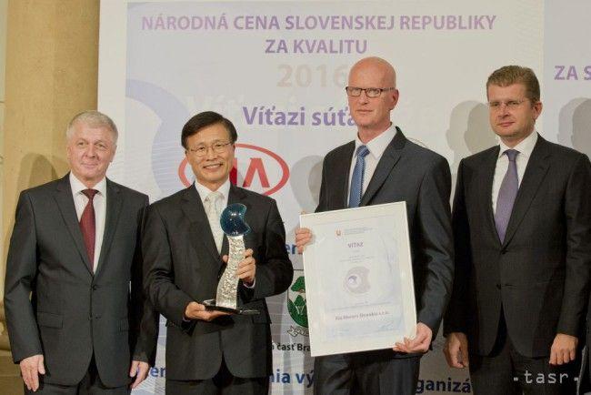 Víťazmi Národnej ceny SR za kvalitu 2016 sú Kia a Trnavská univerzita - Magazín - TERAZ.sk