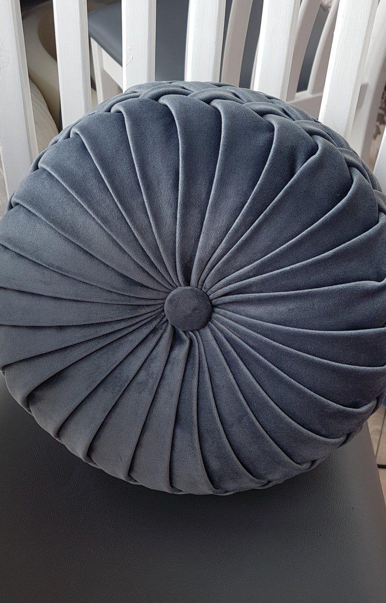Round velvet pillow// Handmade round velvet cushion