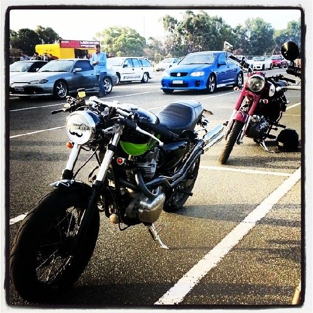 """@garageprojectmotorcycles's photo: """"Nice night for a #dragrace. Took #shakenfist to the drags with #PCR #perthcaferacers. #kawasaki #w650 #caferacer"""""""