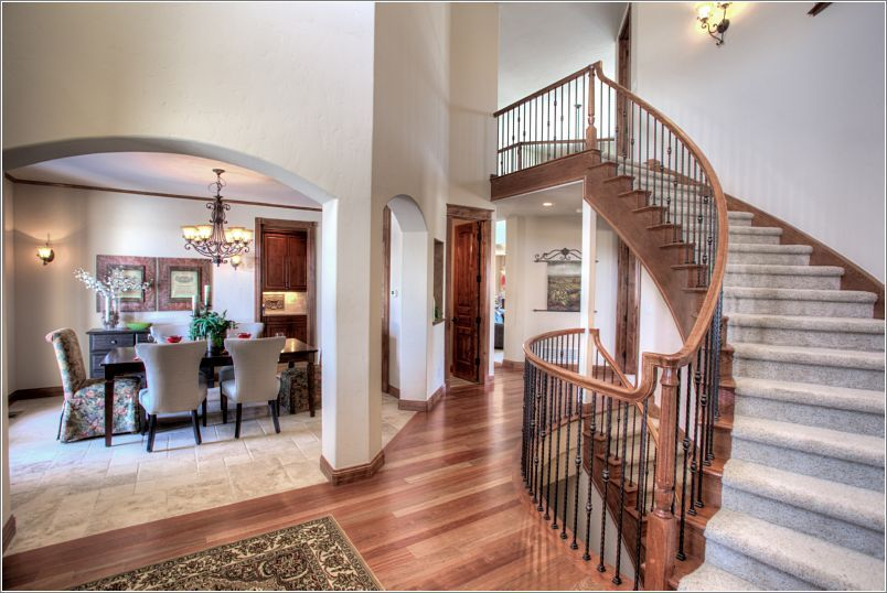 5125 Starry Sky Way - Foyer