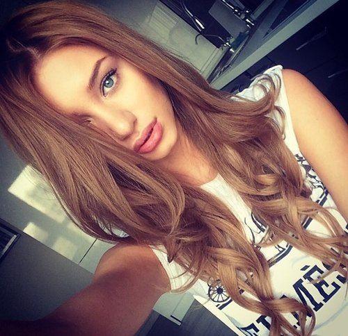 Hair light brown