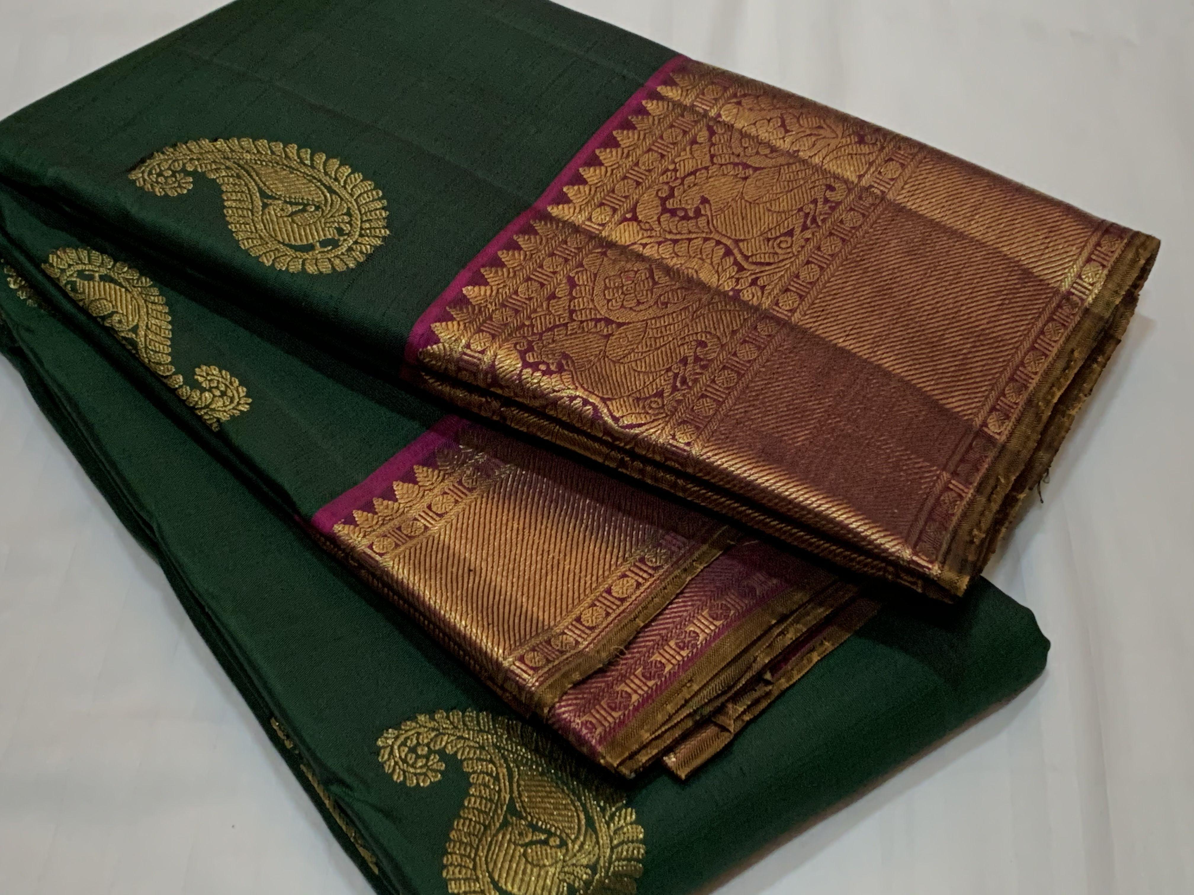 Photo of Beautiful handwoven pure kanchipuram silk