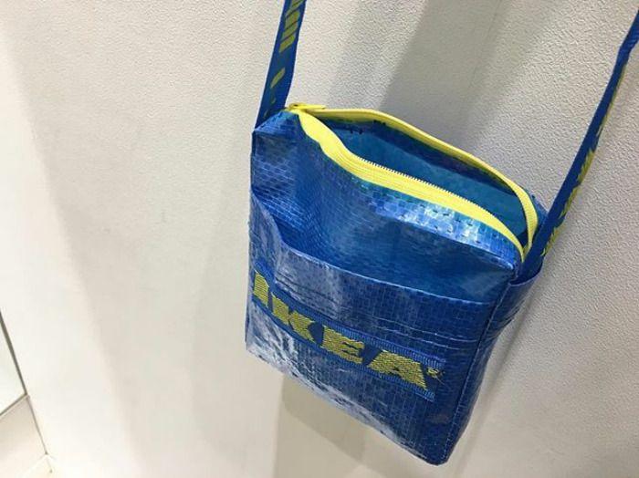 Quand Des Creatifs Realisent Des Vetements En Sacs Ikea Blaue Tasche Ikea Tute Recycelte Kleidung