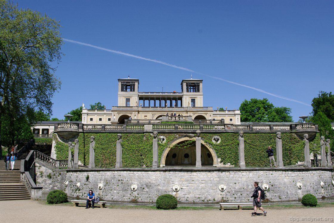 Orangerieterrassen Vor Dem Hintergrund Des Orangerieschloss Potsdam Dvorec Park