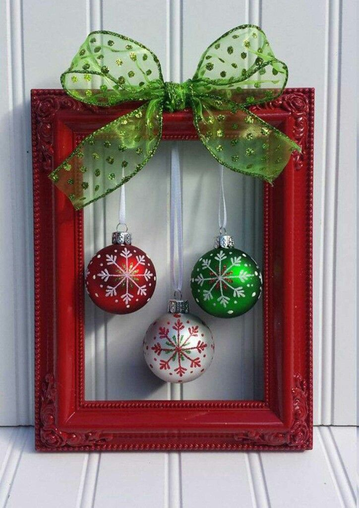 This Would Make A Cute And Unusual Christmas Wreath For The Front Door Easy Christmas Diy Christmas Picture Frames Christmas Decor Diy