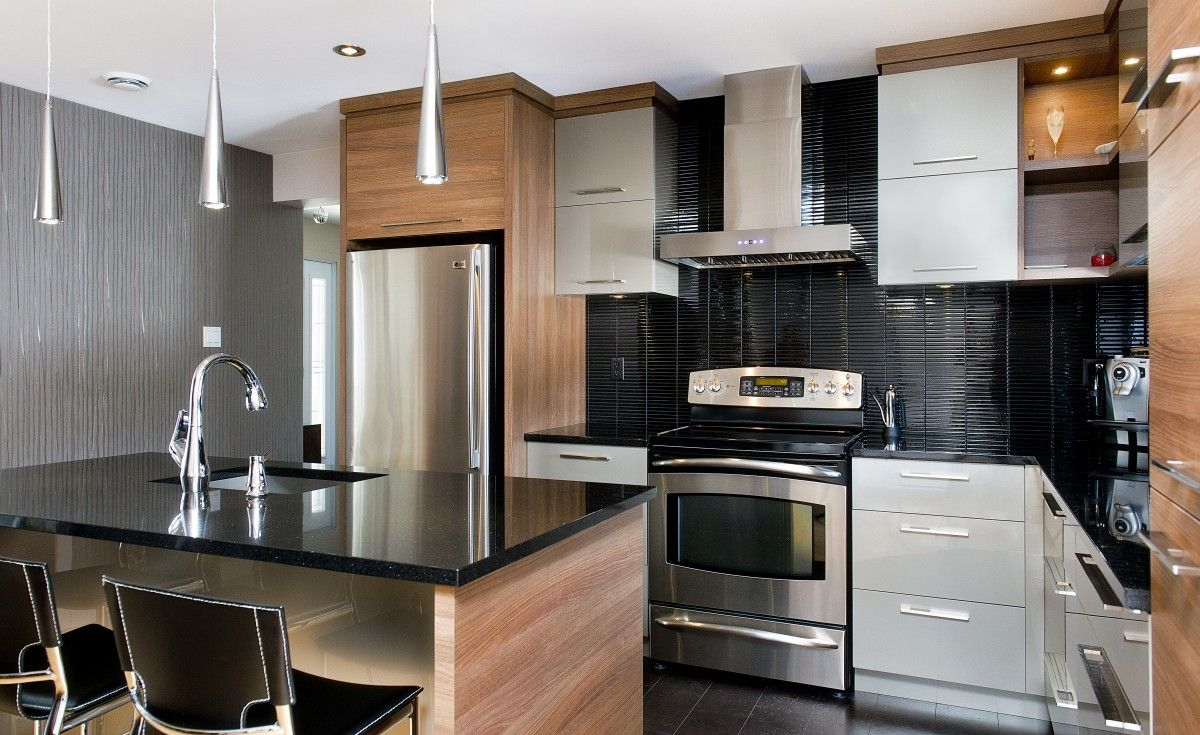 Armoires De Cuisine Modernes En Mdf Laque Et Rosewood Quebec Modern Kitchen Design Modern Kitchen Kitchen Dinning Room