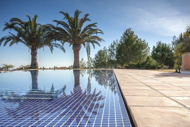 Piscina desbordante perimetral piscinas piscinas for Detalle constructivo piscina desbordante