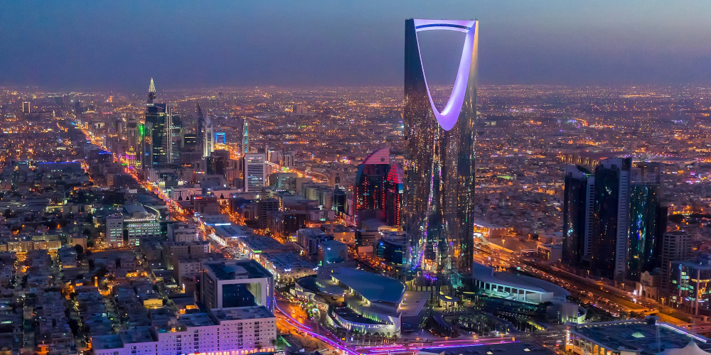 Saudi Arabia S Crown Prince Reportedly Wants To Build A 500 Billion Desert City With Artificial Rain A Glow In The Dark Beach And Robot Dinosaurs Travel To Saudi Arabia Riyadh Saudi Arabia Riyadh