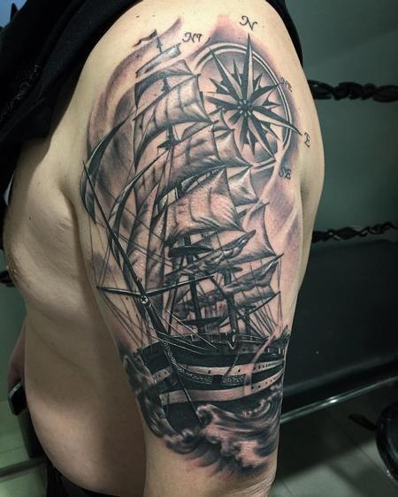 tattoos barco y rosa de los vientos en negro y gris 117513 tattoos by yarda pinterest. Black Bedroom Furniture Sets. Home Design Ideas