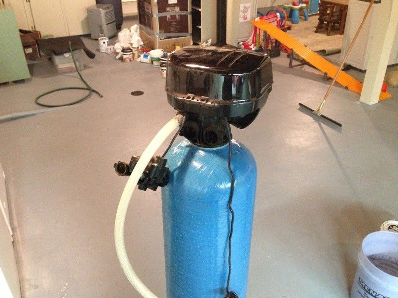 How to change media in a water softener water systems