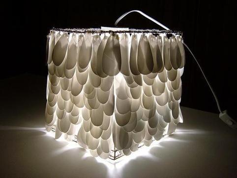 die besten 25 kunststoff milchflaschen ideen auf pinterest recycling pflanzer flaschengarten. Black Bedroom Furniture Sets. Home Design Ideas
