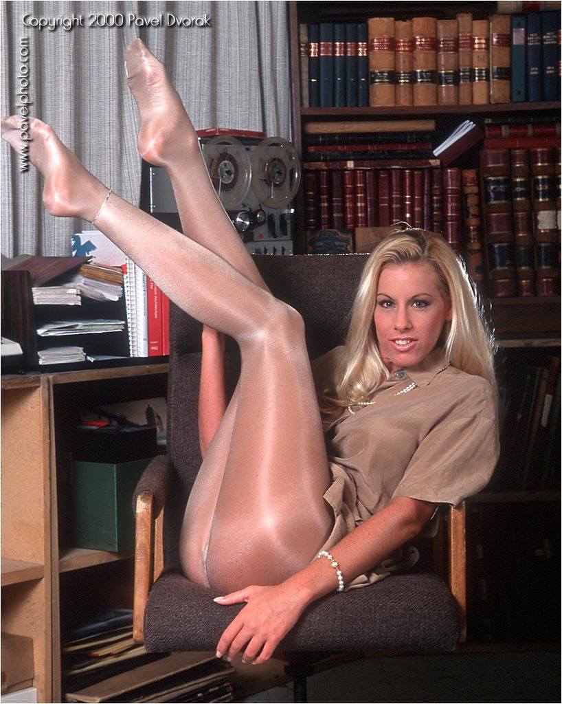 Nicole sheridan pantyhose free pron videos