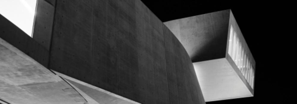 03.06.2015 bis 26.10.2015 Dialoge – Fotografien von Hélène Binet BAUHAUS-ARCHIV / MUSEUM FÜR GESTALTUNG