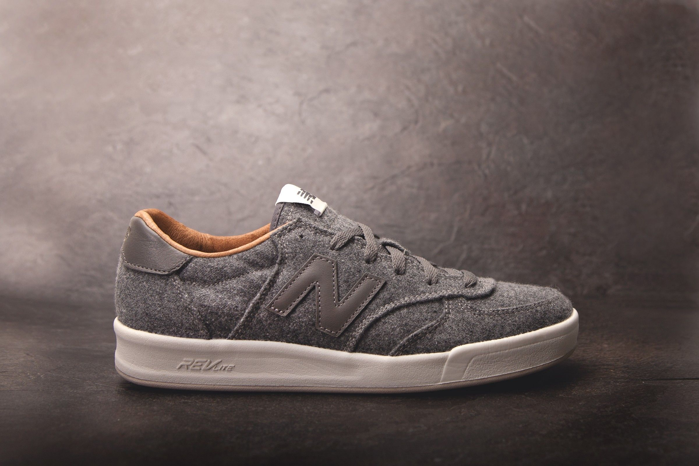 New Balance CRT 300 EA (Grey)