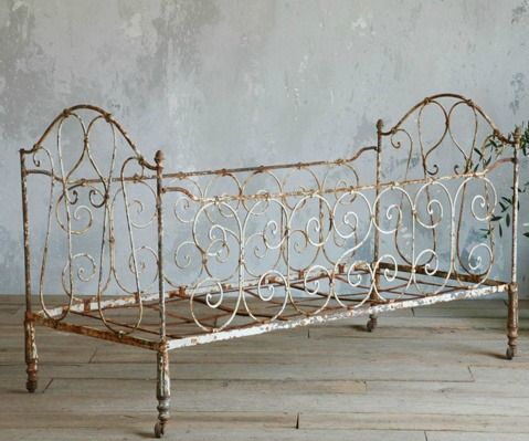 Roses And Rust Beautiful Bed Frame Brocante Meubels Brocante