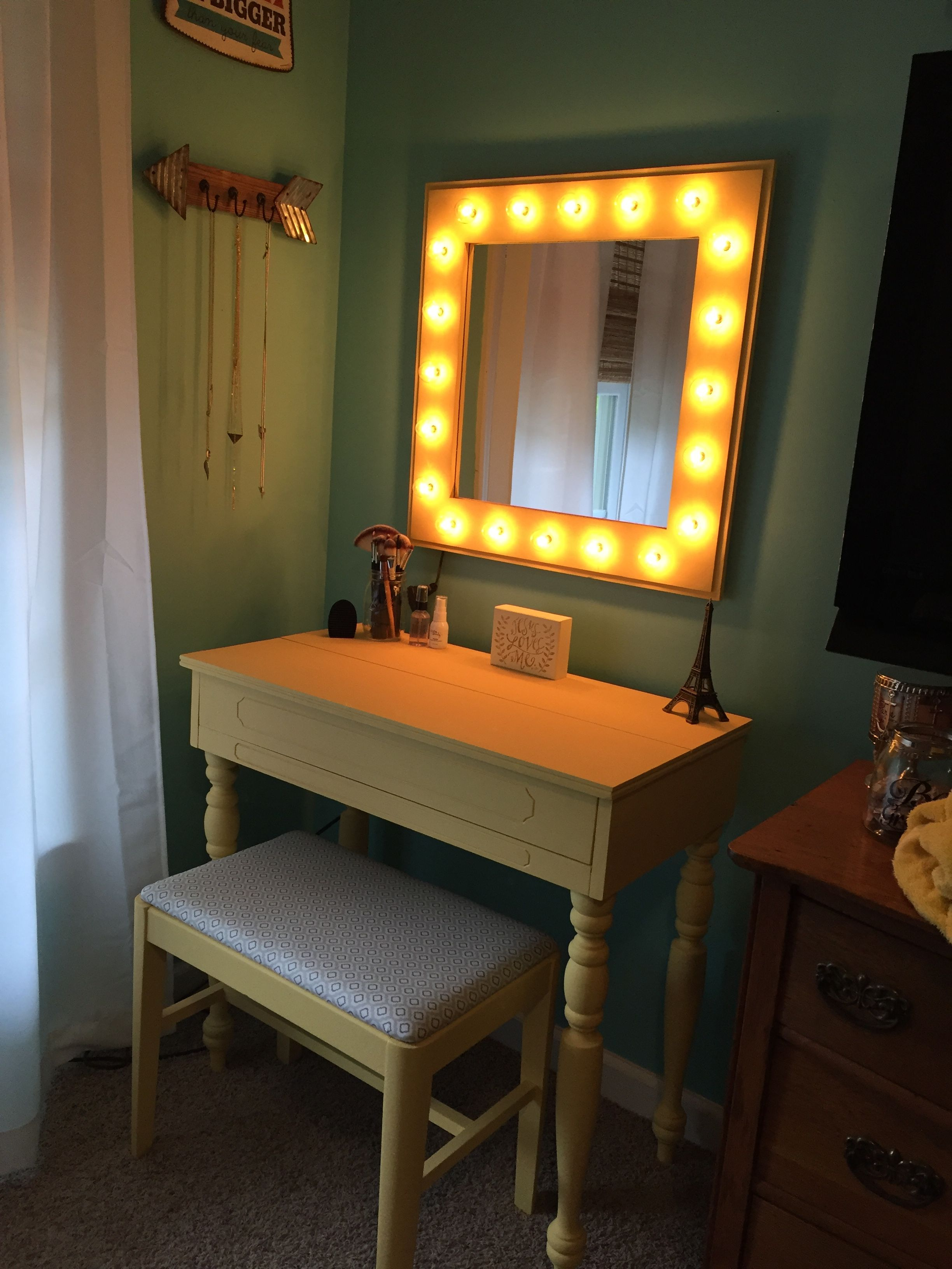Vanity Mirror With Lights Walmart Amazing Diy Restoration Of A Secretary Into A Makeup Vanitymirror Made Decorating Design