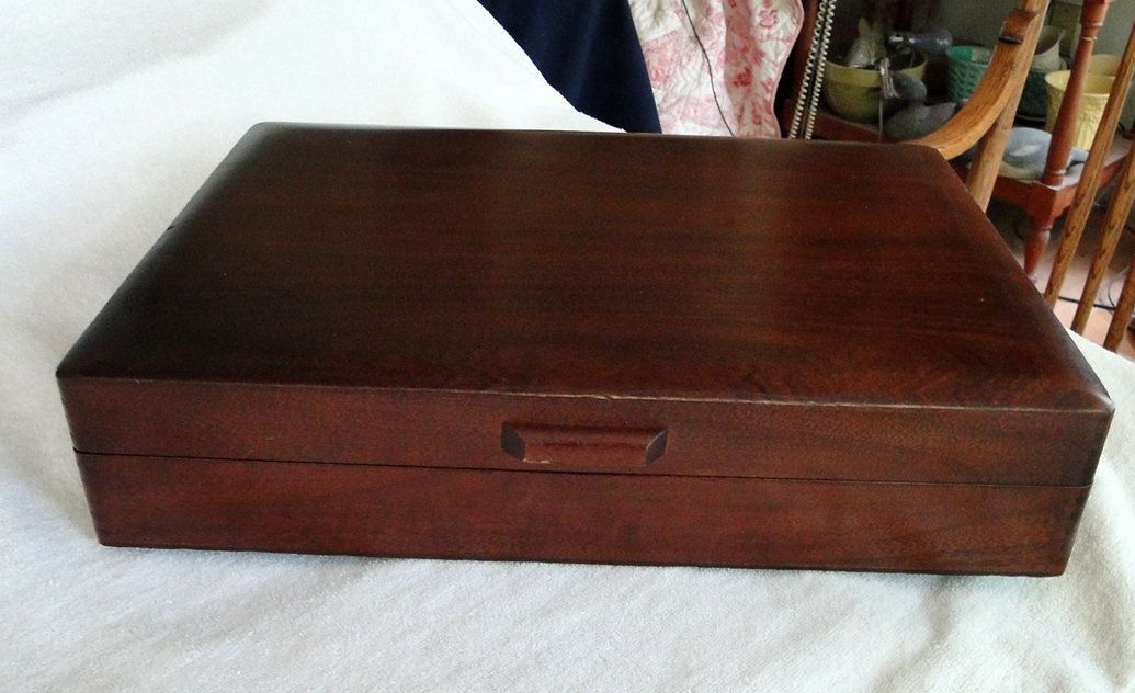 Vintage 1940 S Art Deco Naken Tarnish Proof Silverware Chest Or Storage Box Solid Wood With Dovetailed Corners