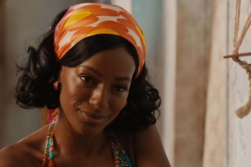 Adélia, uma das protagonistas de Coisa Mais Linda, interpretada por Pathy Dejesus.