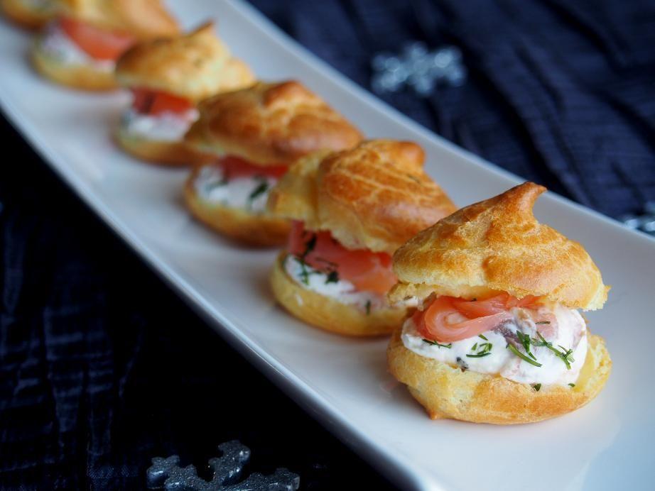 petits choux au saumon fum et fromage frais recette par cuisi 39 ness apero pinterest. Black Bedroom Furniture Sets. Home Design Ideas