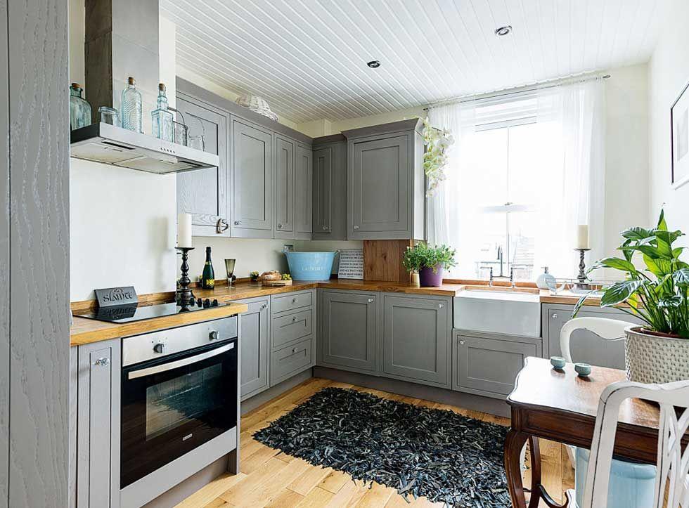 Modern Shaker Kitchen Grey In A Victorian Flat Victorian Apartment Victorian Kitchen Modern Shaker Kitchen