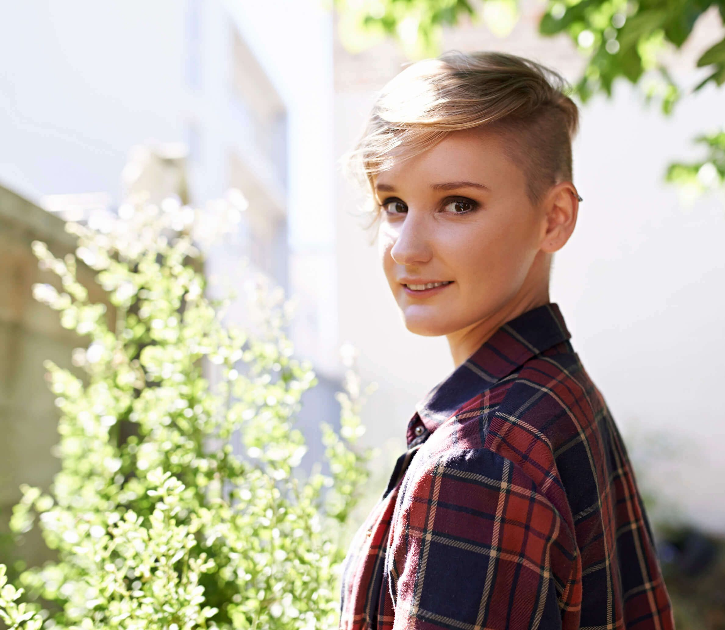 The Buzz 6 Shaved Hairstyles For Women
